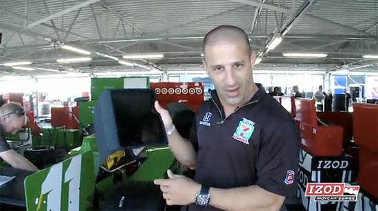 indianapolis 500 race car driver tony kanaan uses ipad